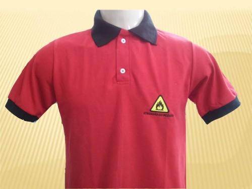 Confecção camisa polo