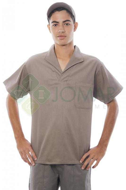 Camisa em brim